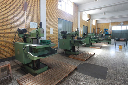 Milling, fixture and die making workshop